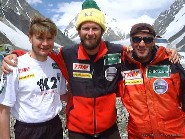 Abele Blanc Abele Blanc escala o Annapurna e completa os 14 oito mil
